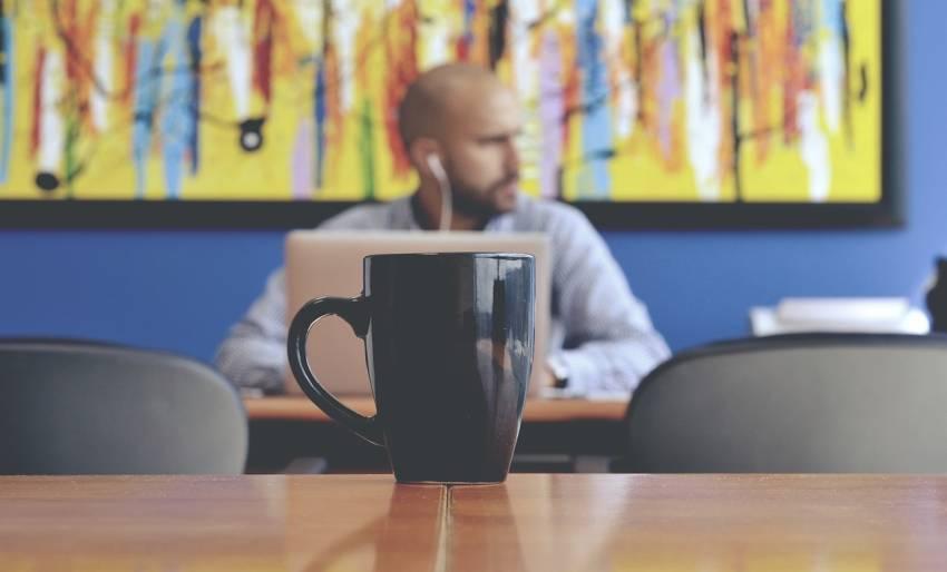 Kaffevollautomaten und Siebträger für Büro und Unternehmen